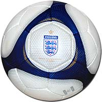 Мяч футбольный Англия 08 Umbro