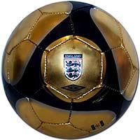 Мяч сувенирный Англия 09 Umbro золотой