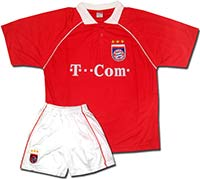 Форма красная Бавария T-Com